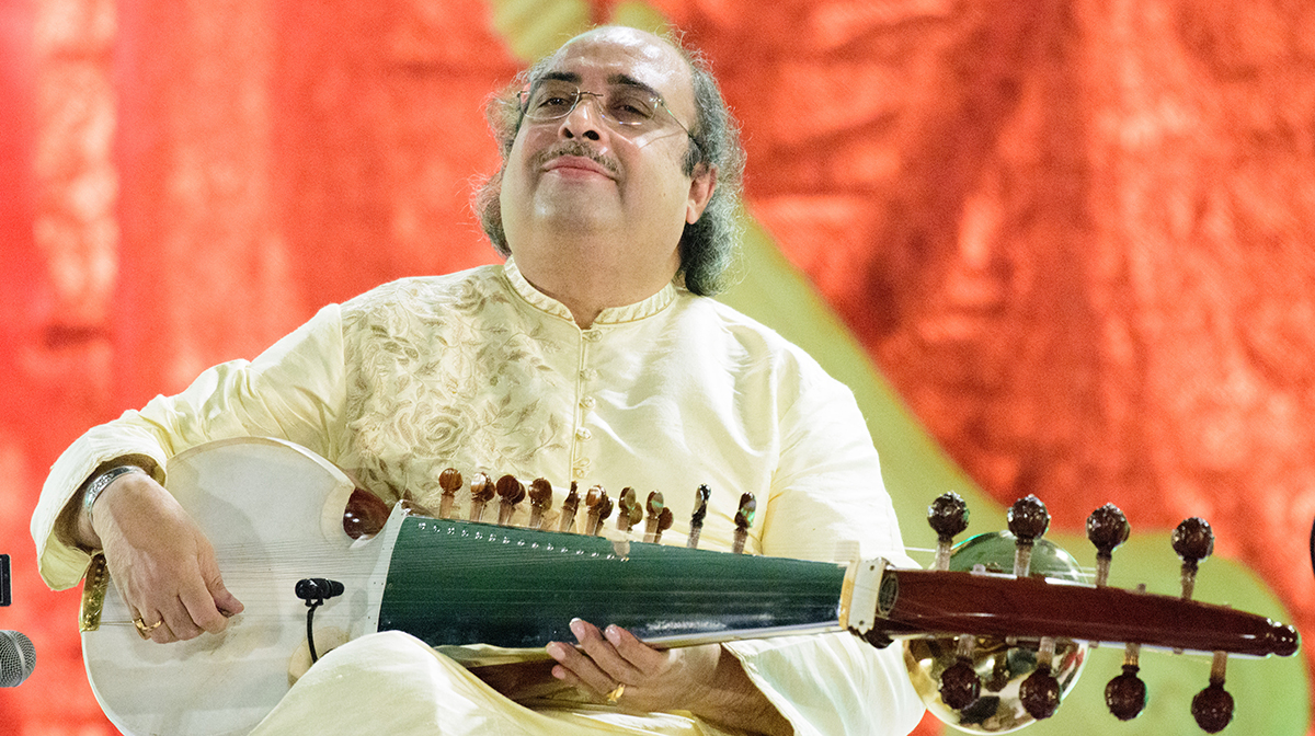 "<a href=""https://ticketing.agakhanmuseum.org/single/EventDetail.aspx?p=13993""><b>Maestros in Performance <br>with Pandit Tejendra Narayan Majumdar <br>and Pandit Subhankar Banerjee</b></a>"